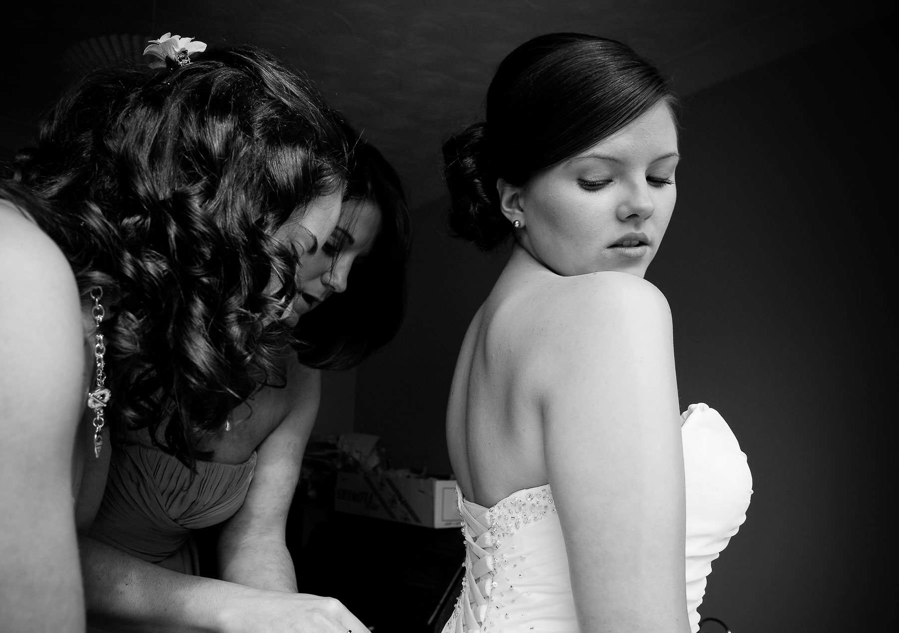 Preparations_London_Wedding_Photographer01