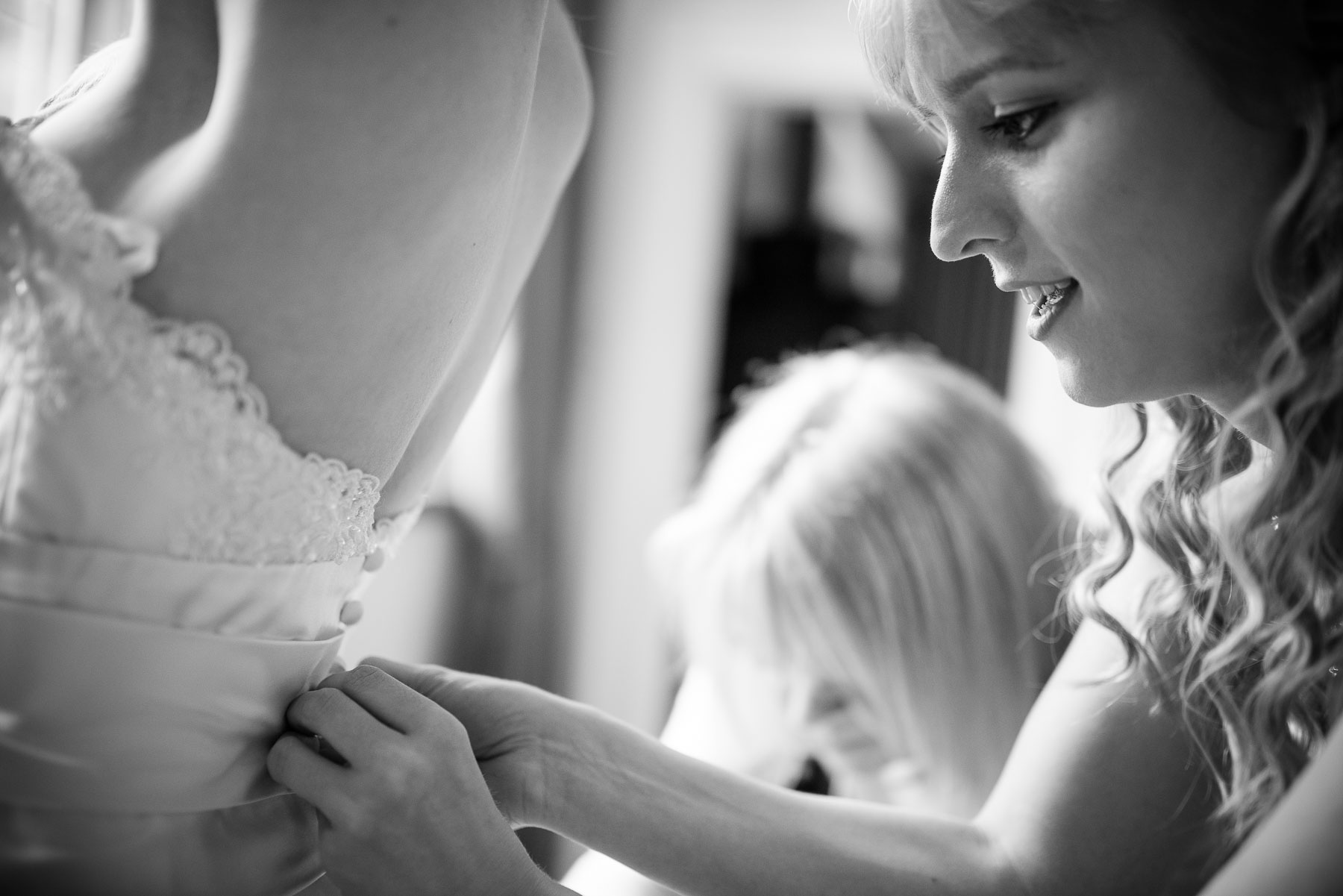 Preparations_London_Wedding_Photographer27