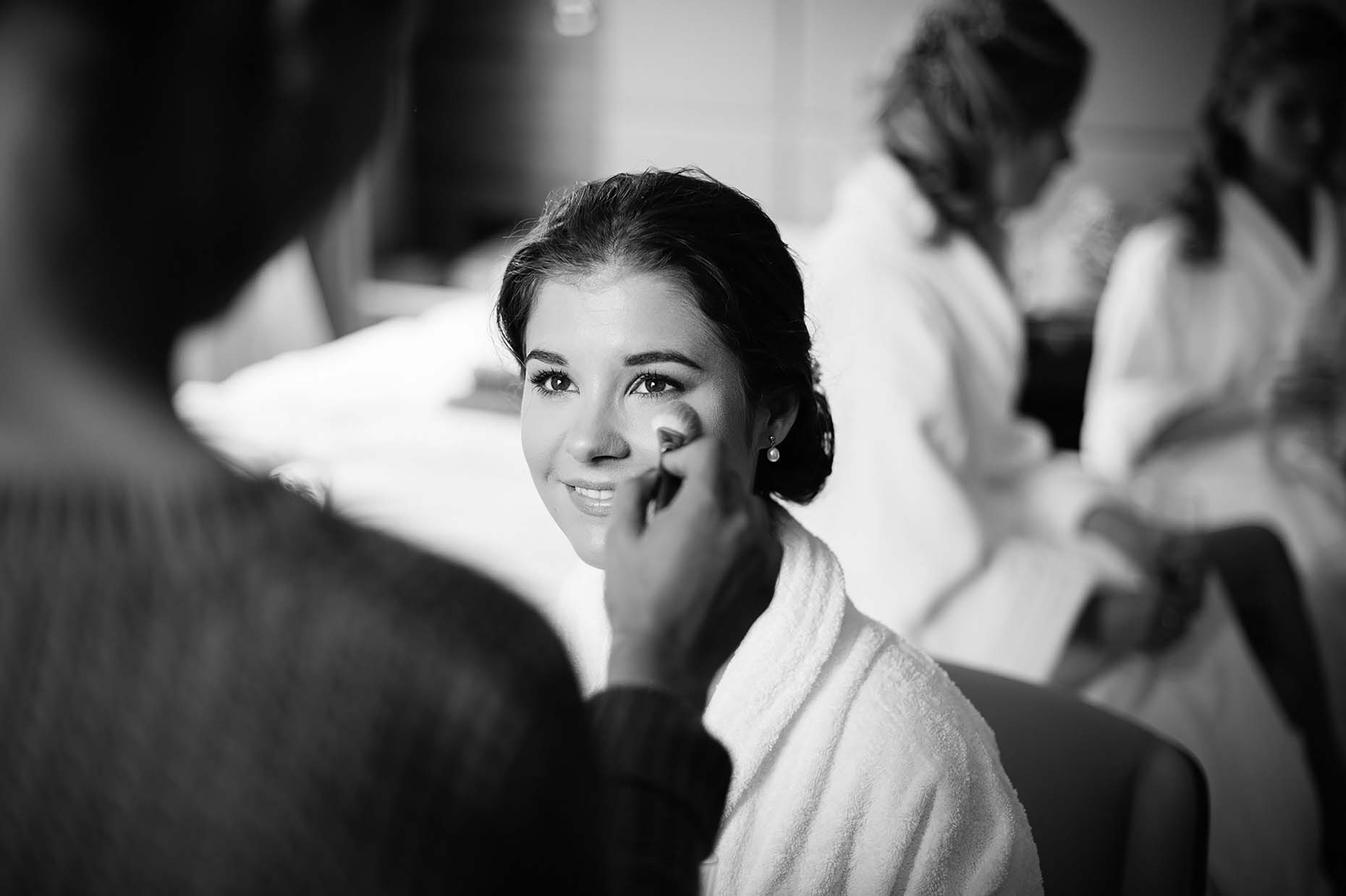 alice-bride-make-up-wedding-morning-prep-cambridge-photographer-mono-01
