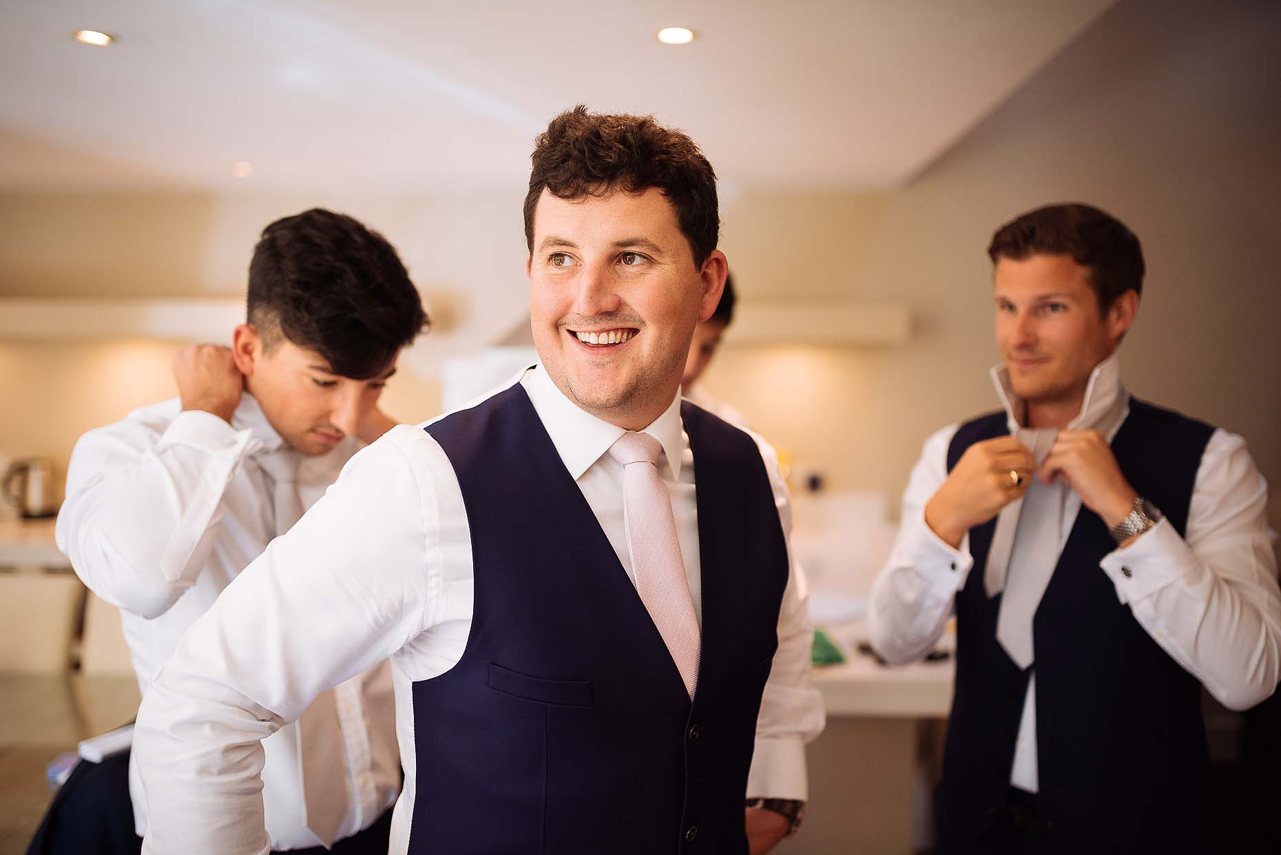 axnoller-house-groom-prep-wedding-dorset-jim-01