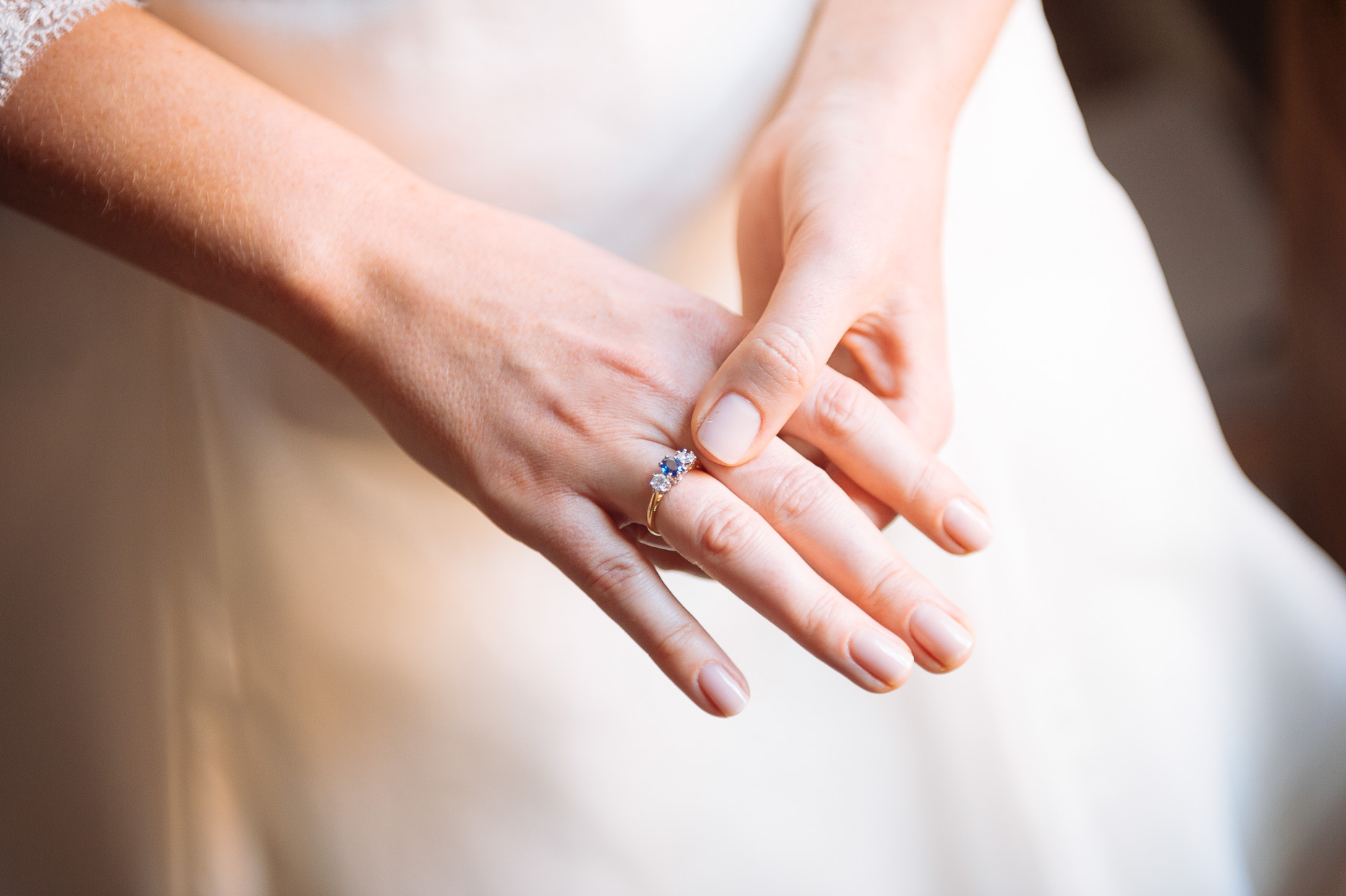 bride-engagement-ring-diamond-jewellery-london-02