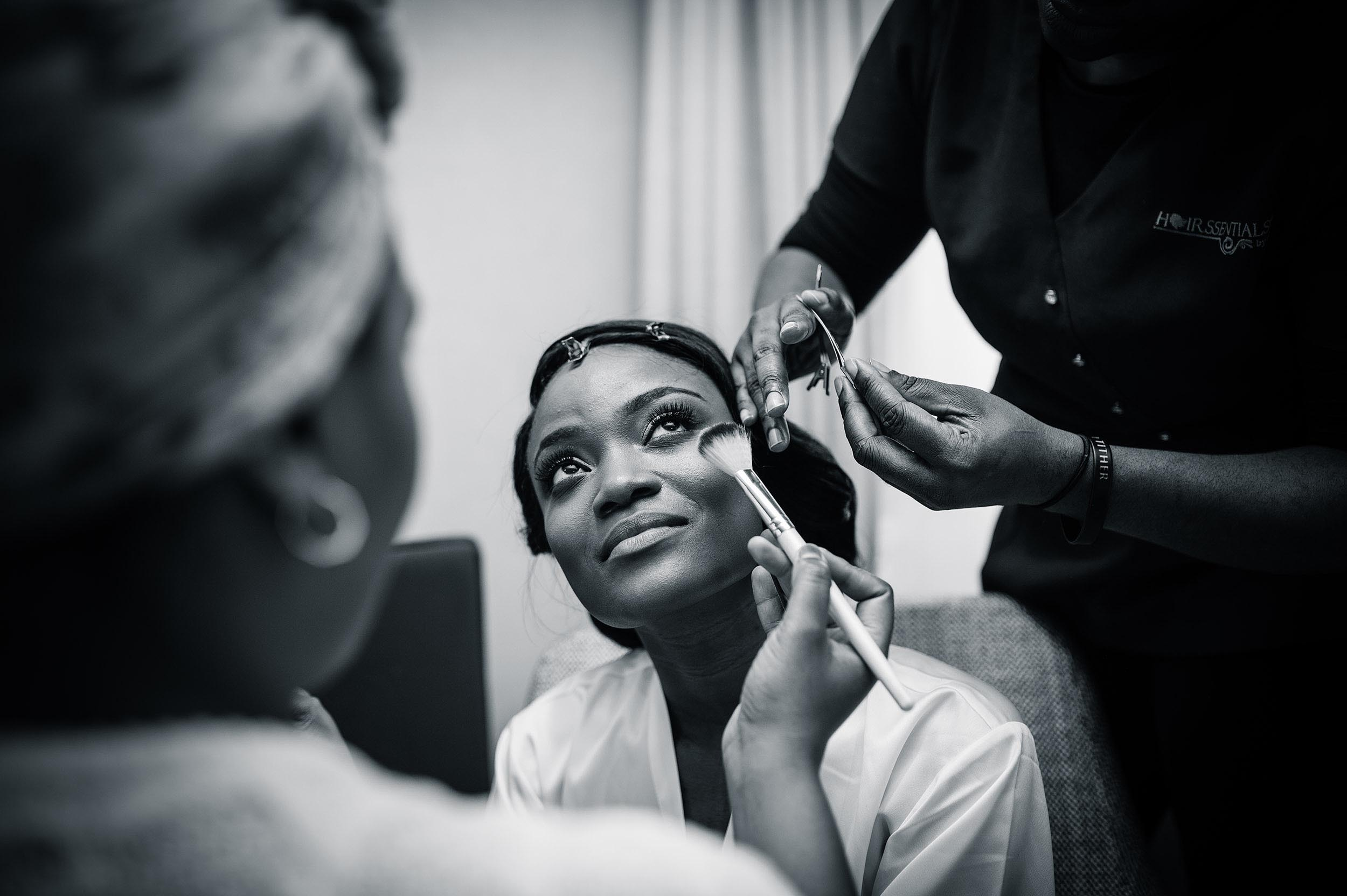 bride-makeup-reportage-london-wedding-photographer-patricia