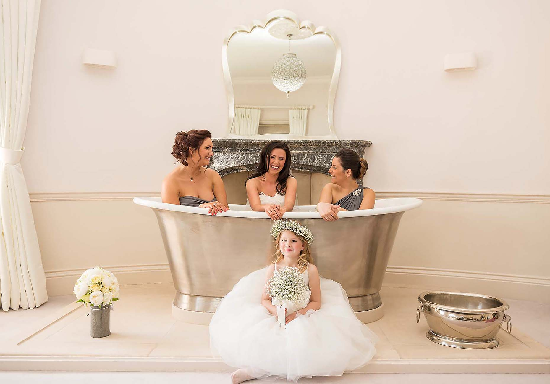 bridesmaids-in-bathtub-penn-castle-weddings-dorset-laura-15