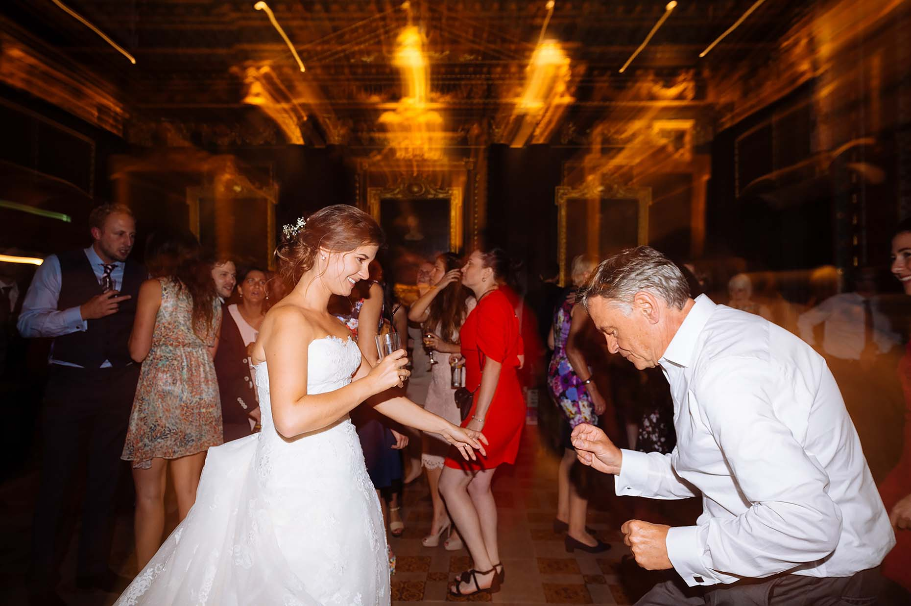 cambridge-wedding-photography-father-daughter-dance-college-17