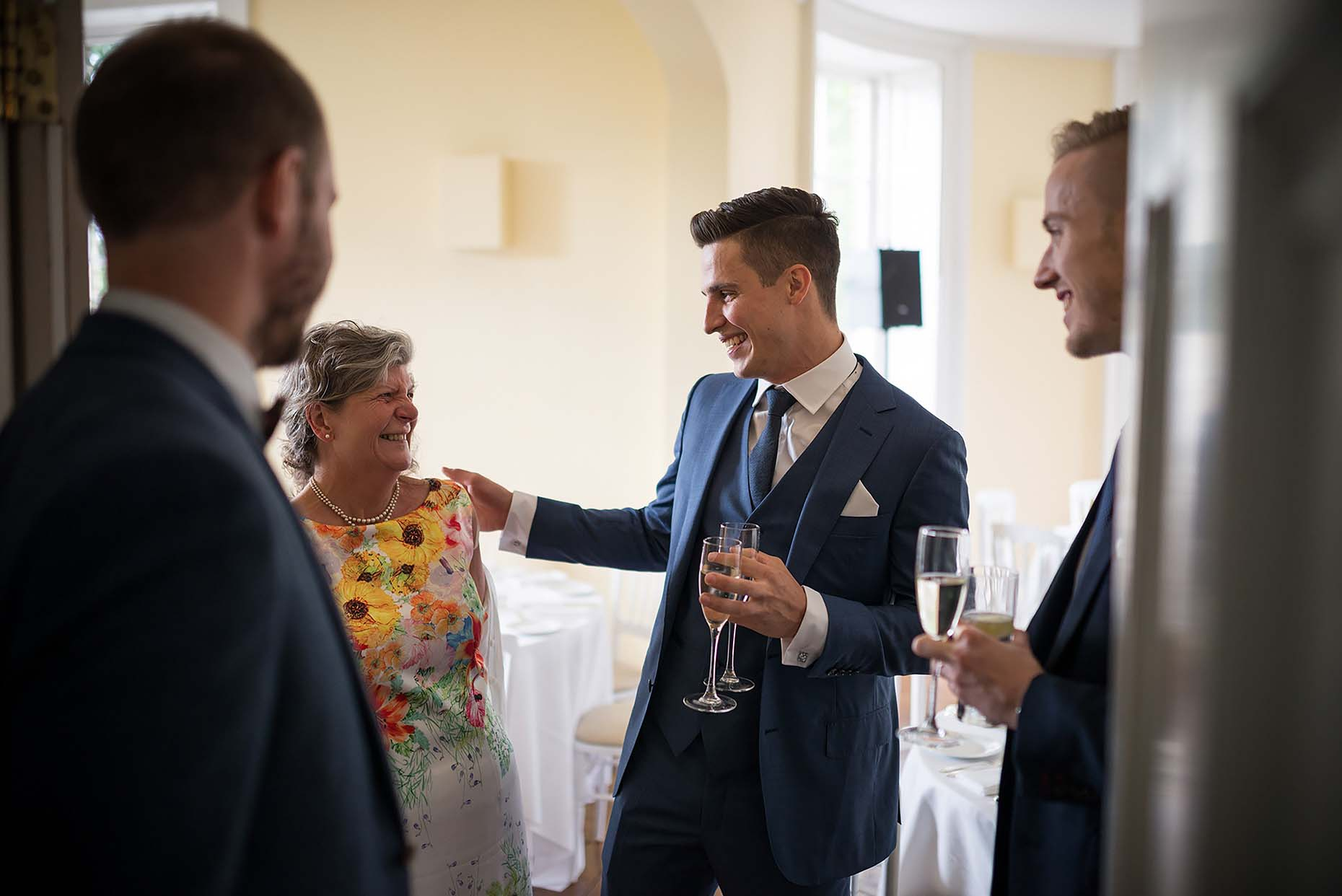 clissold-house-london-wedding-reportage-photographer-robin-reception-09