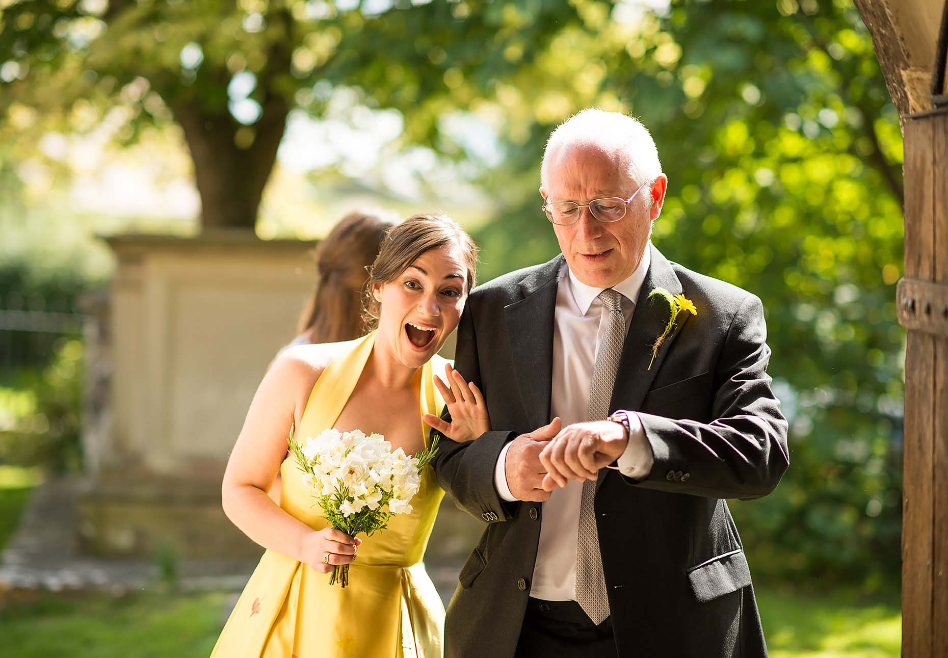 frampton-wedding-bride-yellow-dress-colour-church-with-father-05