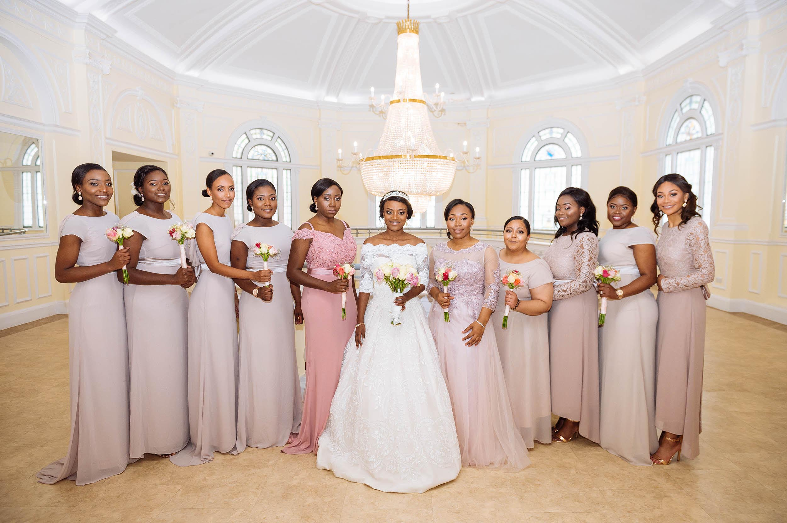 group-portrait-bridal-party-uckg-kilburn-girls-bridsmaids-london-photography