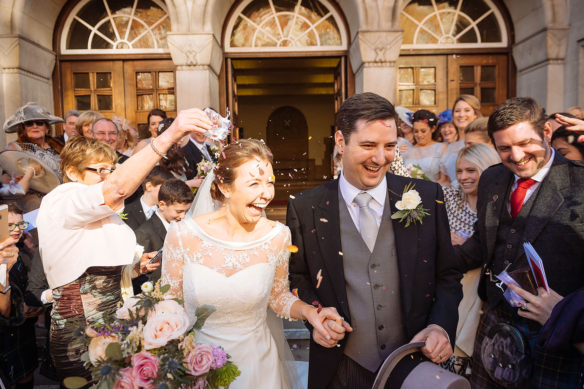 laura-wedding-service-confetti-moment-reportage-photographer-london-mayfair-36