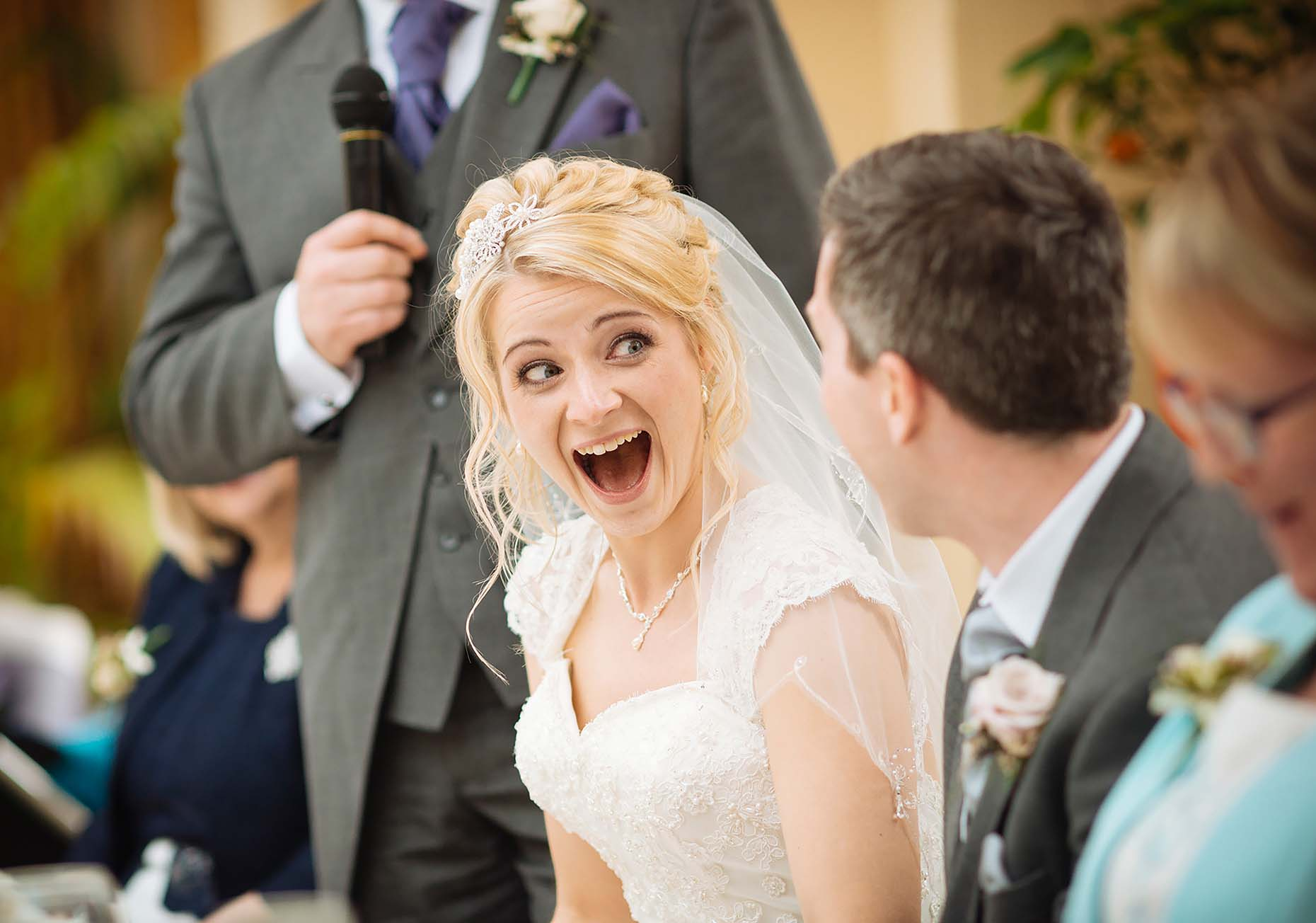 speechless-bride-reaction-wedding-day-best-man-speech-southend-simon-25