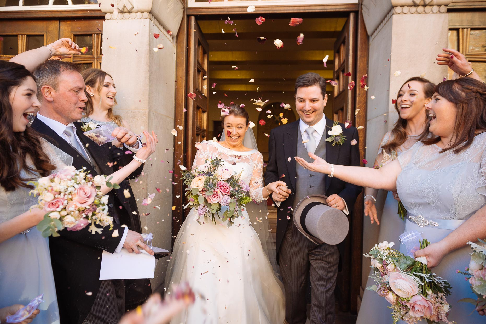 st-columba-church-wedding-confetti-london-photo-13