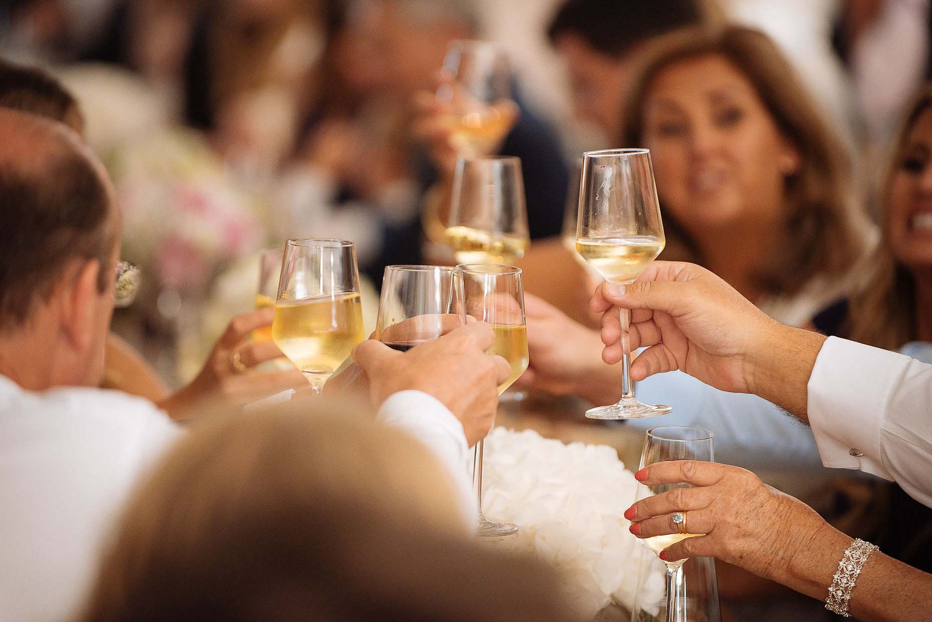 toast-wedding-champagne-details-flutes-glass-reception-20