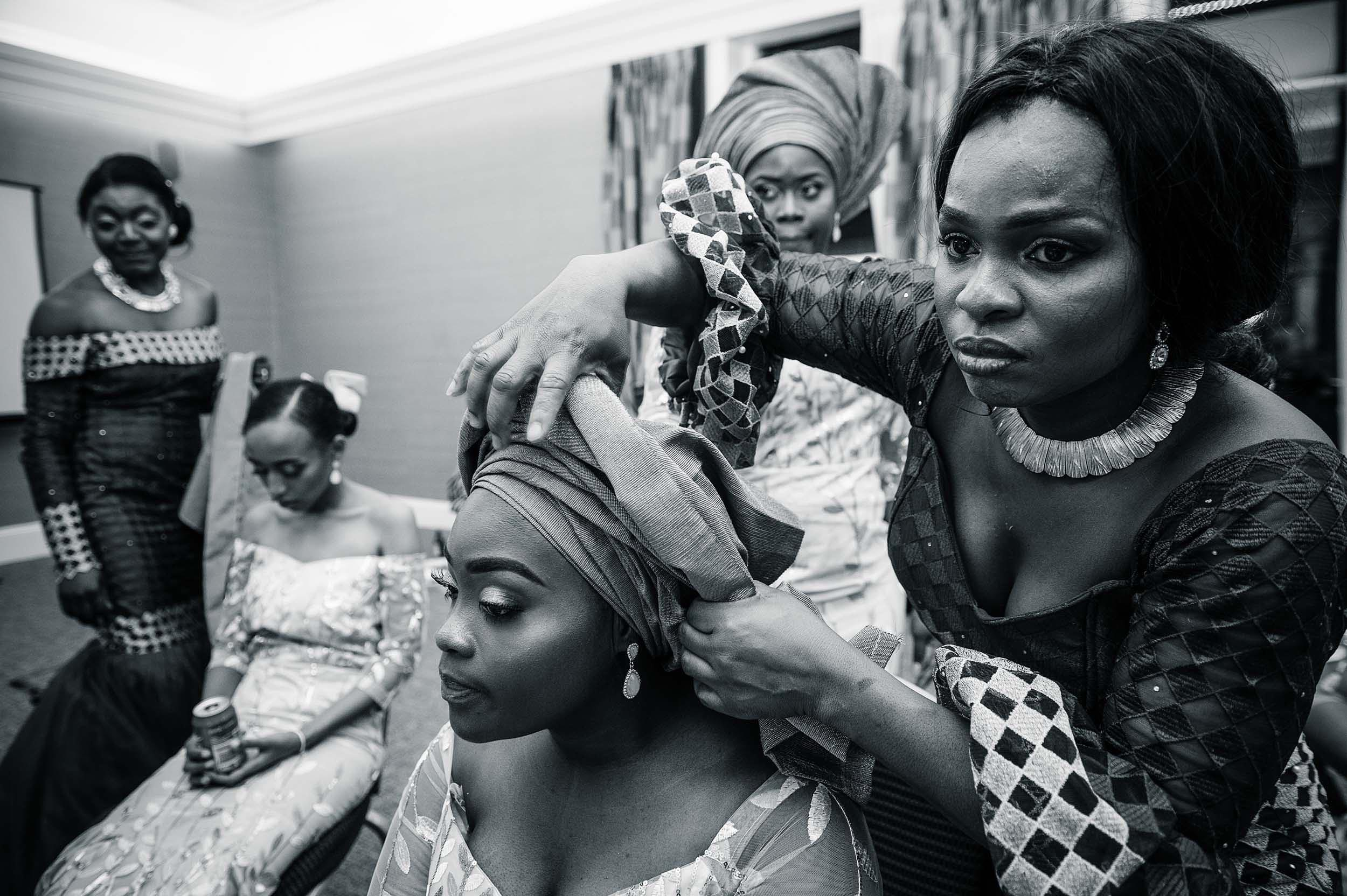 traditional-african-wedding-reception-makeup-girls-reportage-photographer