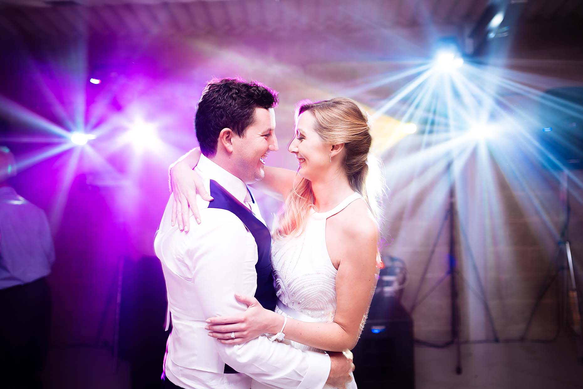 wedding-axnoller-house-dorset-first-dance-colour-photographer-37
