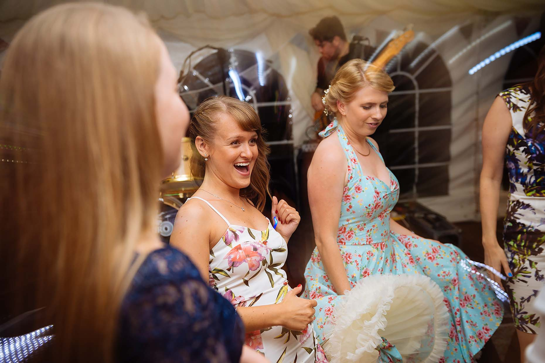 weymouth-dorset-wedding-photographer-dancing-guests-fun-documentary-27